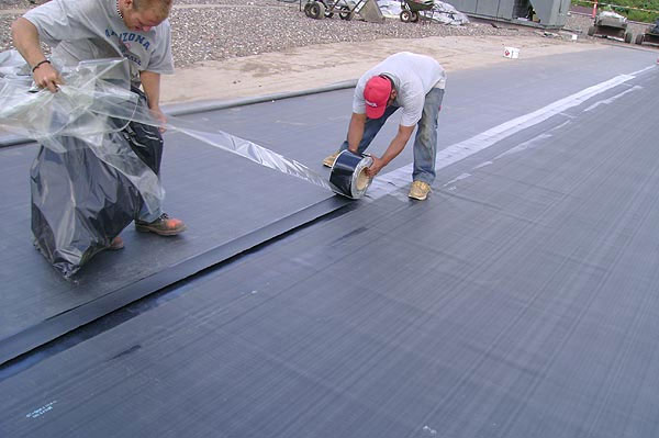 Installation EPDM Roofing System